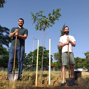 GoPlant team planting trees volunteer action